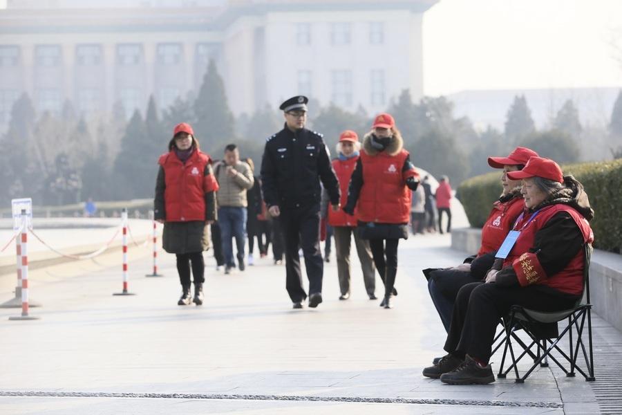 「西城大媽」要午休 北京擬納白領加入遭轟
