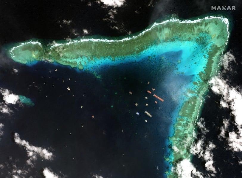 中國船隻南海牛軛礁集結 歐盟首次回應