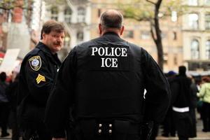 美ICE逮39侵犯人權疑犯 含4名中共計生官員