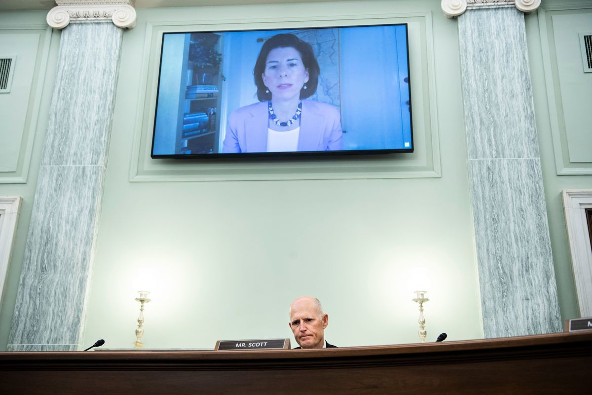 美國新任的商務部部長雷蒙多(Gina Raimondo)。(TOM WILLIAMS/POOL/AFP via Getty Images)