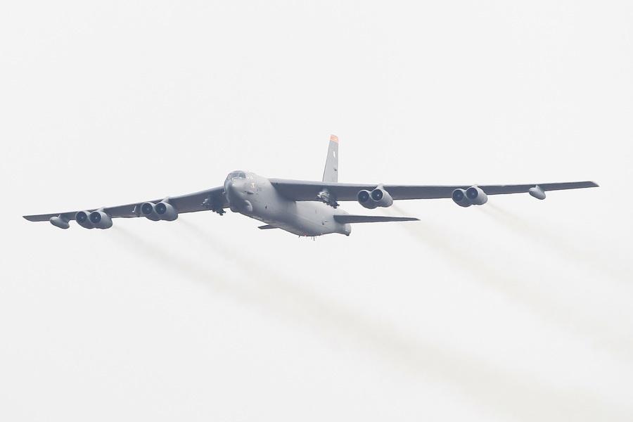 蘇萊曼尼斃命周年 美派B52轟炸機震懾伊朗