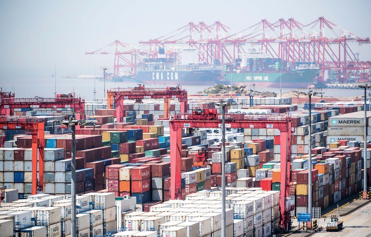 在美中貿易戰中,美國總統特朗普對中共步步緊逼,中共應對之道是尋找其它國家出口市場,但放眼全球,幾乎沒有哪個國家能取代美國的出口市場和產業技術。(JOHANNES EISELE/AFP/Getty Images)