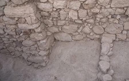 古城牆遺蹟。(由大衛市的Koby Harati拍攝,以色列文物局提供)