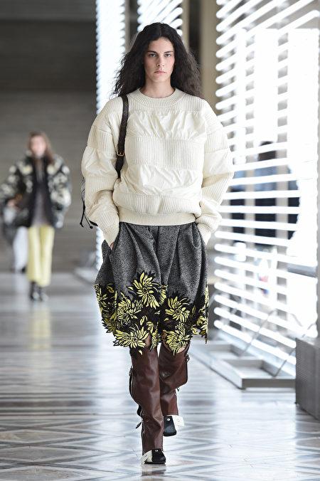 圖為2021年3月9日巴黎,Louis Vuitton參加2020/2021秋冬巴黎時裝周。(Pascal Le Segretain/Getty Images)