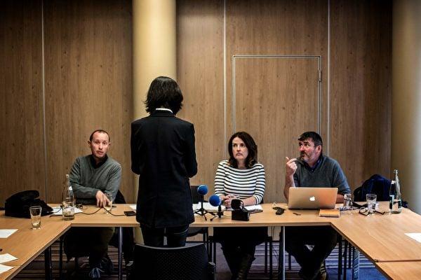 1月18日,孟宏偉妻子高歌向法國政府申請政治庇護。圖為她去年10月,接受法媒採訪。(JEFF PACHOUD / AFP)