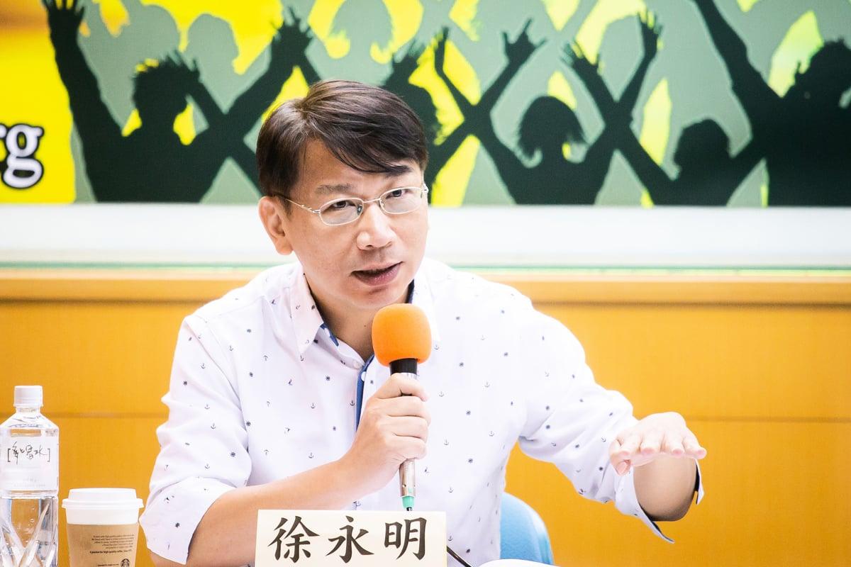 時代力量立委徐永明22日關注中共控制香港與台灣黑幫情況。(陳柏州/大紀元)