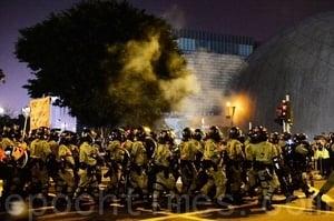 香港聖誕催淚彈肆虐 檢測報告揭政府謊言
