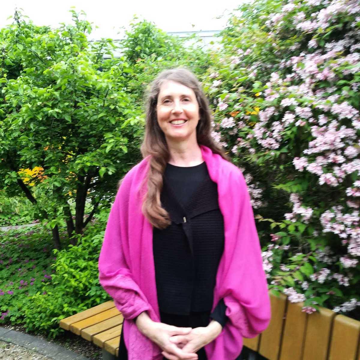 來自德國慕尼黑的語音治療師Christine Huttenhofer由衷感激法輪大法引領她走上修煉之路,性格由自閉變得開朗,猶如獲得了第二次生命。(受訪者提供)