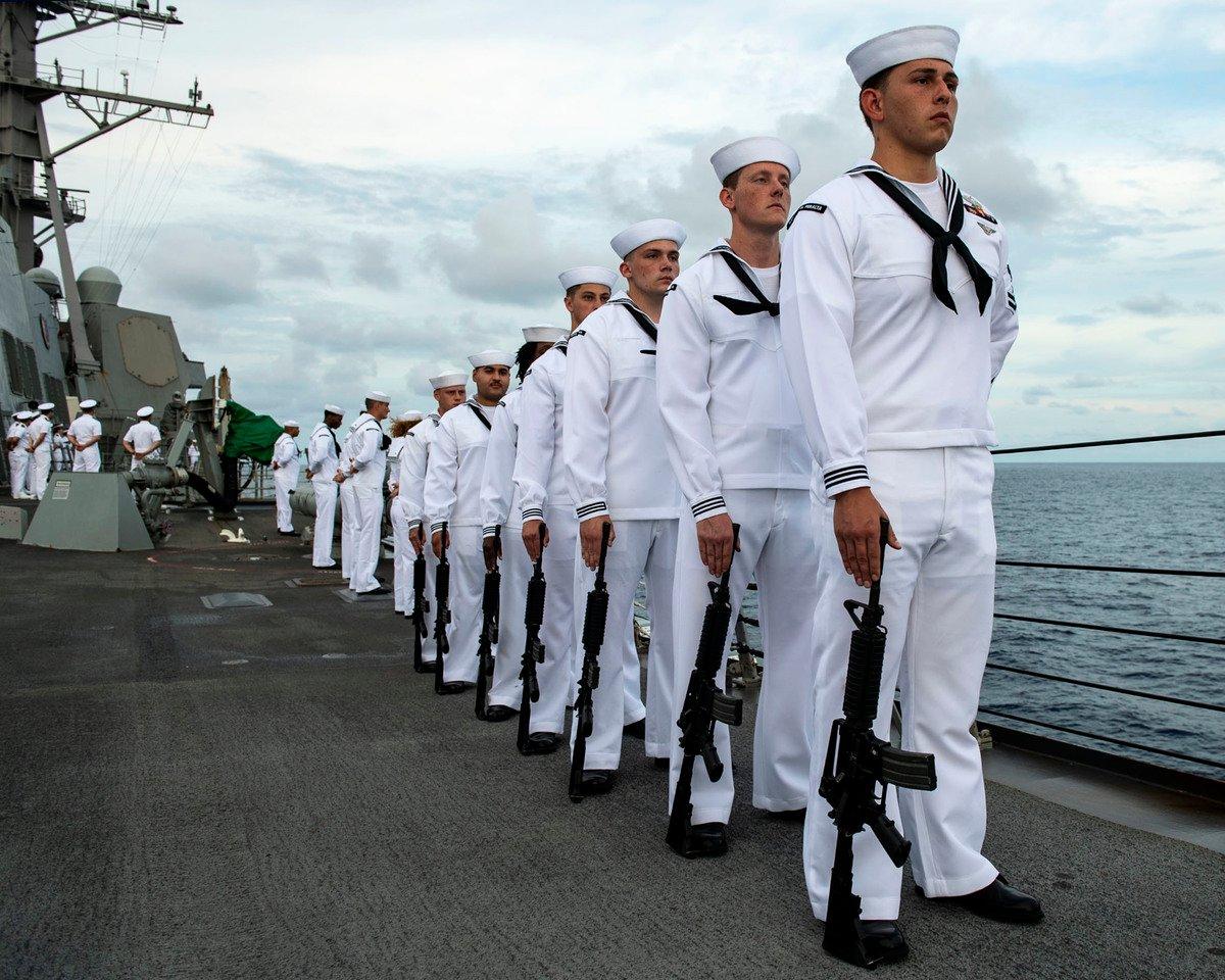 台海發生軍事衝突的情勢升溫,美國與日本近期警告中共的力道也不斷增強。圖為美國海軍官兵。(美國太平洋艦隊Flickr)