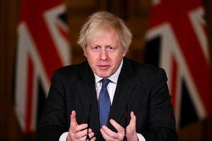 中共和港府不承認BNO護照 英國強硬回應