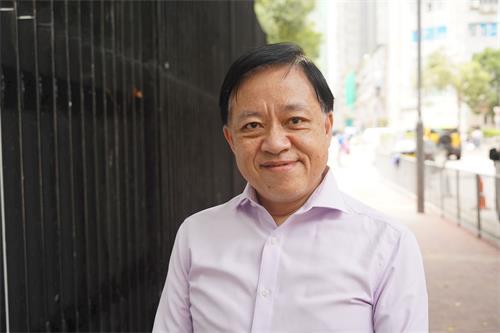 香港前區議員林詠然祝李洪志師父長壽、健康,帶領法輪功走更遠、更遠的路。(明慧網)