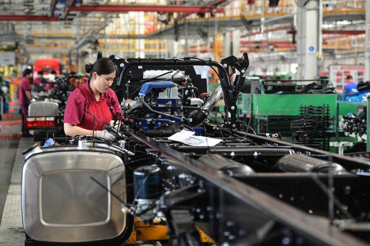 專家表示,未來中國世界工廠不在,變成世界都是工廠。(STR/AFP via Getty Images)