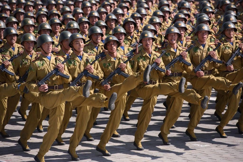 圖為2018年9月9日,北韓在平壤金日成廣場舉行閱兵儀式。(ED Jones/AFP via Getty Images)