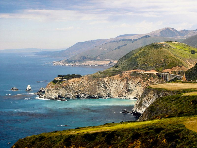 加利福尼亞海底現數千神秘坑穴