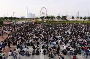 【8.22反送中組圖】香港中學生愛丁堡廣場集會反送中
