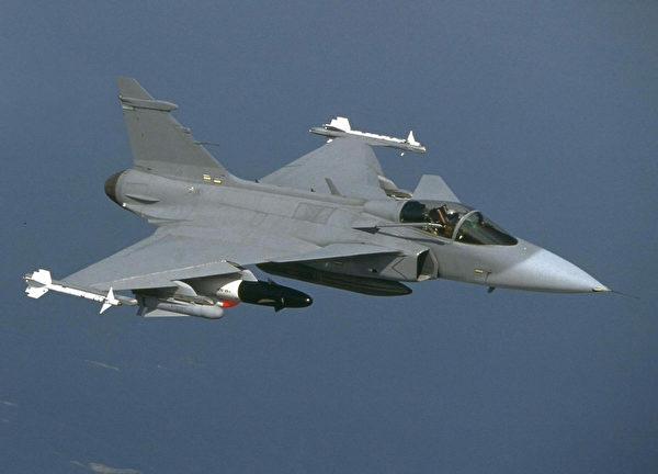 瑞典的JAS 39鷹獅戰鬥機。(Saab Aerosystems/AFP via Getty Images)