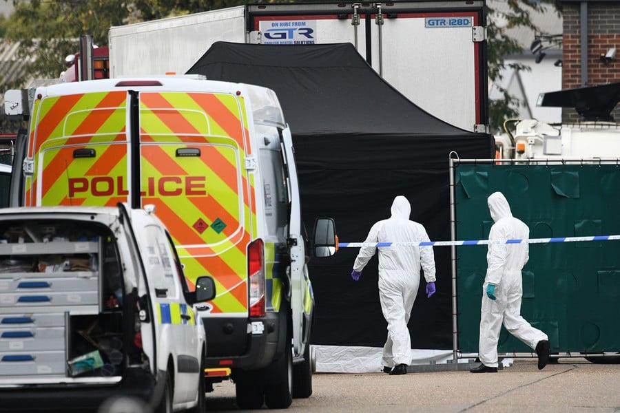 倫敦貨車驚現39具屍體 英國首相發推關注