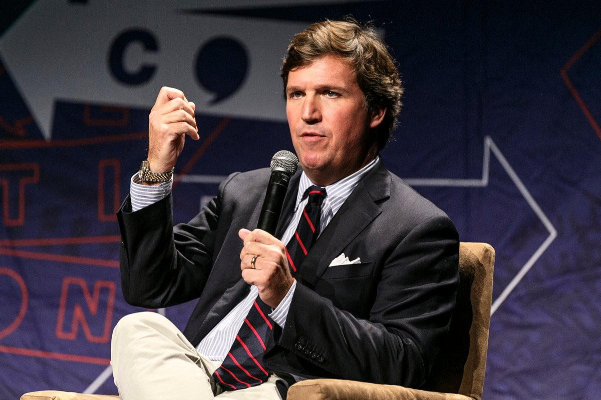 圖為霍士新聞主持人塔克·卡爾森(Tucker Carlson)。(Rich Polk/Getty Images for Politicon)