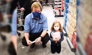 英國超市奇緣:一個贈送孩子毛絨玩具的感人故事