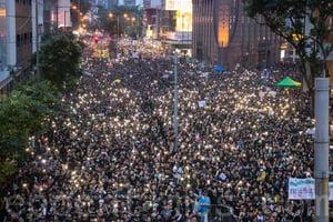 中聯辦說漏嘴:在香港搞社會主義是滅頂之災