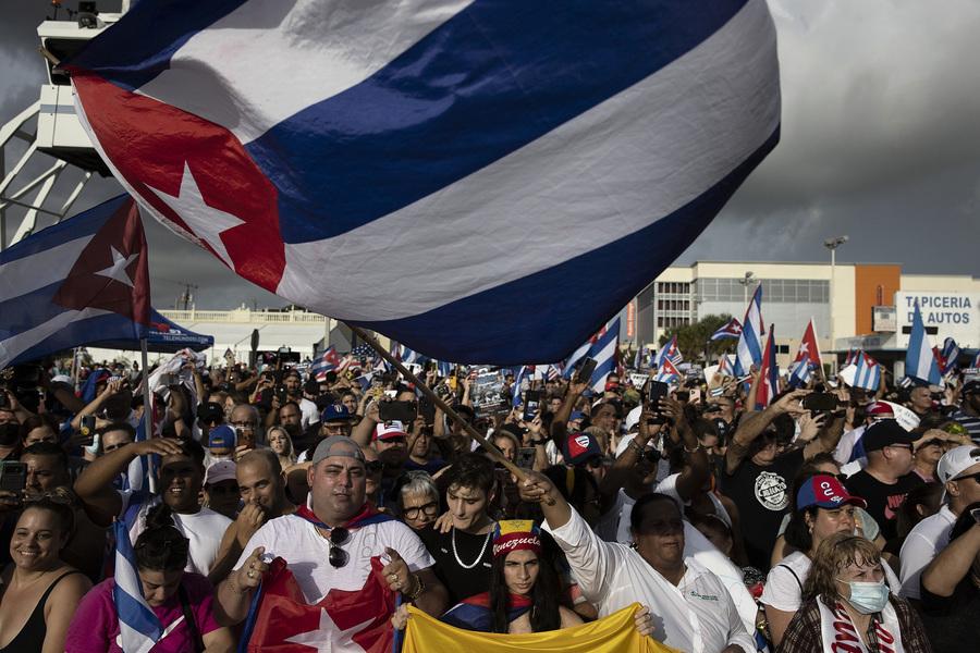 新澤西古巴裔民眾集會 支持母國反共抗議活動