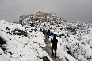 組圖:希臘遭寒流侵襲 雅典降罕見大雪