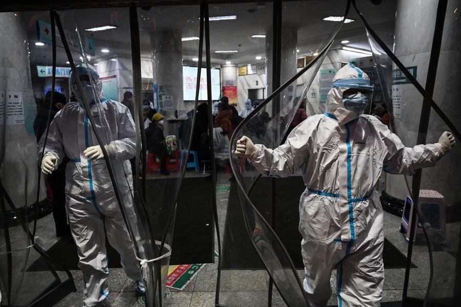 武漢書記稱重症患者全入院 被媒體當面揭穿