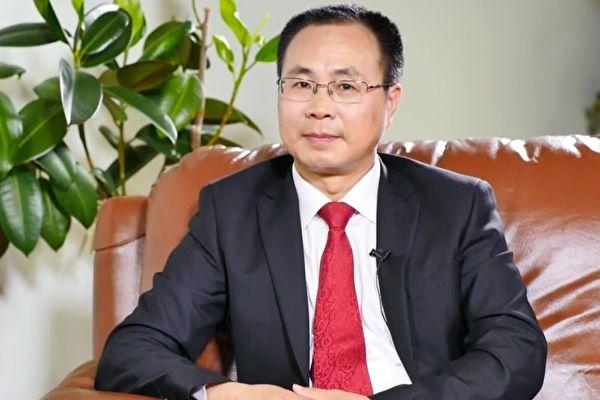 原中共中央政治局常委、中紀委書記尉健行的撰稿人王友群博士。(大紀元資料室)
