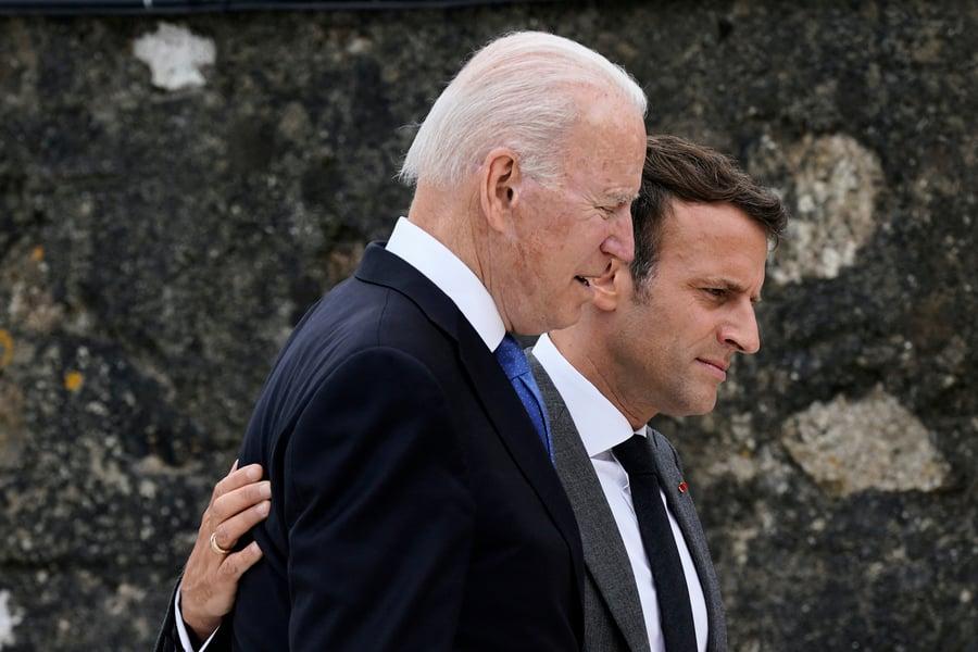 拜登馬克龍在外交風波後首次通話 訂10月會面