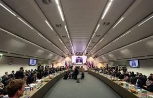 OPEC同意日減產120萬桶石油 油價應聲上漲