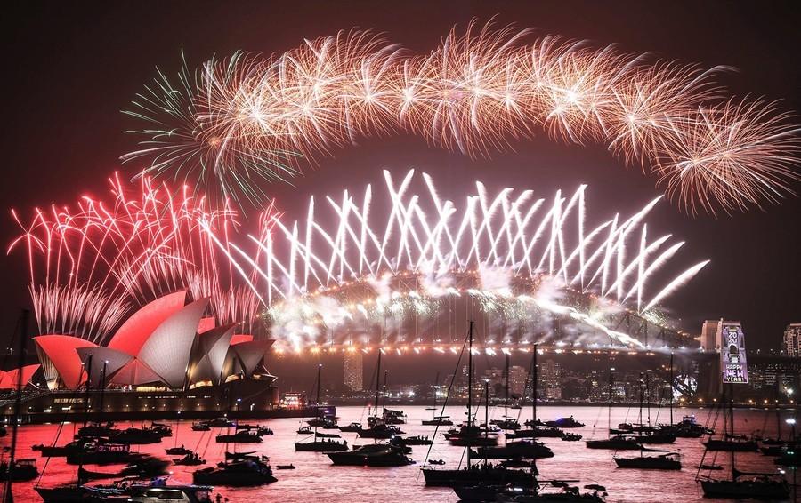 璀璨煙花辭舊迎新 悉尼邁入2020