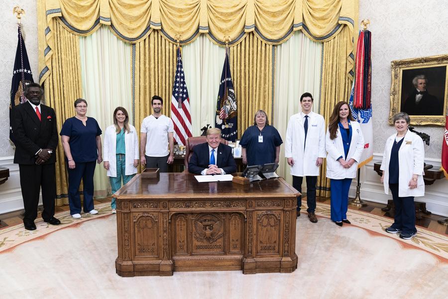白宮發佈特朗普年度體檢報告:總統很健康
