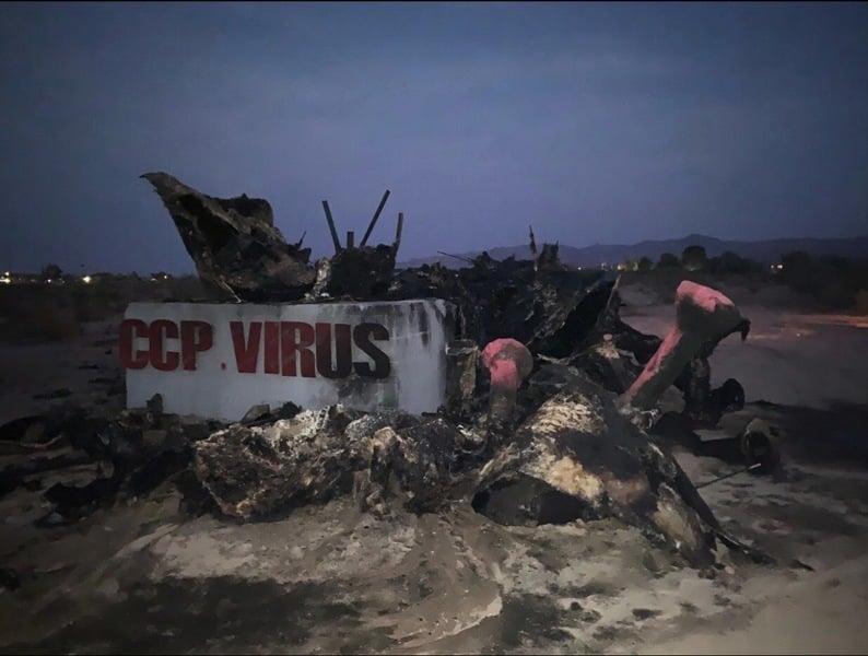 中共病毒雕像加州遭焚燬 陳維明誓言重塑