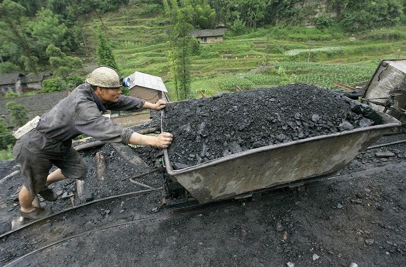 圖為煤礦資料照。(LIU JIN/AFP/Getty Images)