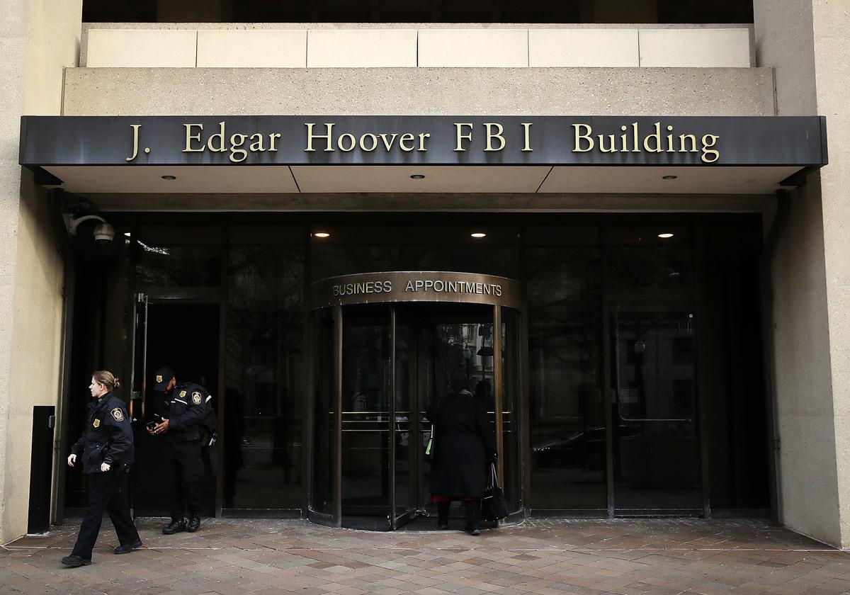 近期有關中國人(華人)在美國本土涉嫌從事間諜活動,遭到調查或控告的消息時有所聞,專家指出,這意味著中共的間諜手法達到了鋪天蓋地、無所不用其極的地步,任何人都有可能成為受害者。(Mark Wilson/Getty Images)