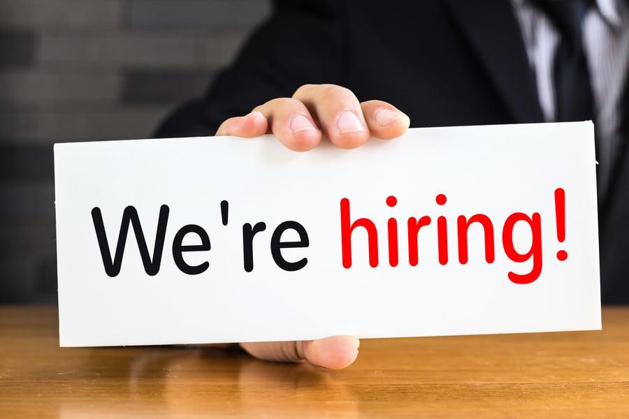 無職位空缺 為何美公司還要招聘高科技員工