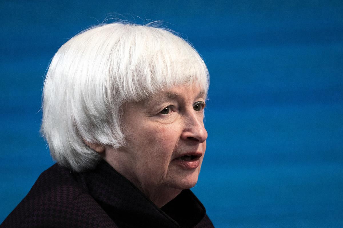 2021年2月5日,美國財政部長耶倫(Janet Yellen)在一場虛擬圓桌會議發表講話。(Drew Angerer/Getty Images)