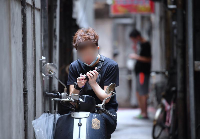台灣新增320例本土病例 校正回歸166例