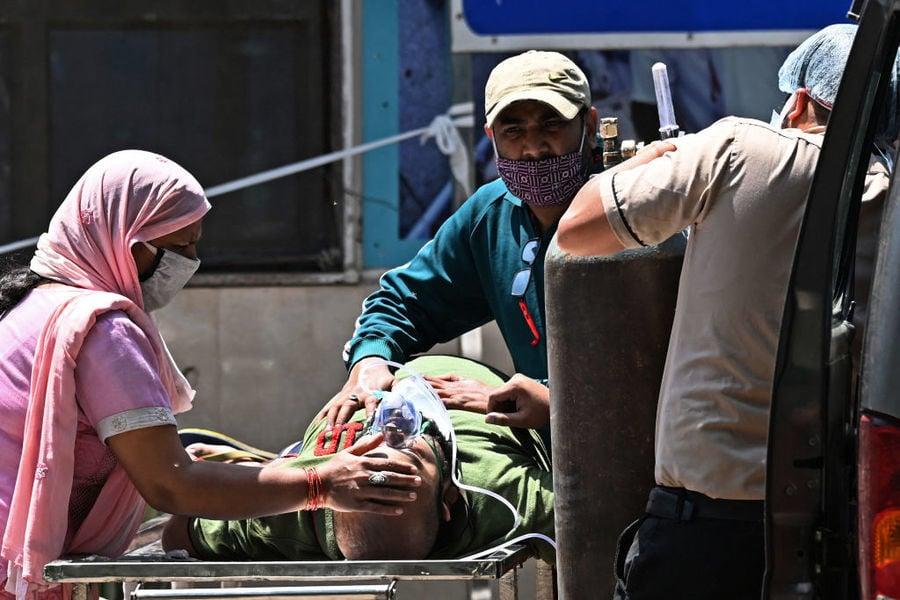 印度疫情如「海嘯」首都每4分鐘1人死亡