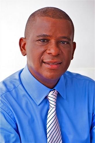 法國聖皮埃爾市市長Christian Rapha。(官方圖片)