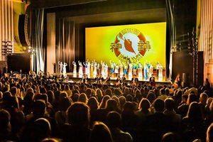 神韻倫敦完美落幕 觀眾感悟神傳文化智慧