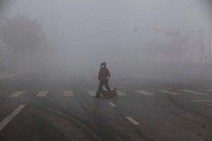 霧霾籠罩百萬平方公里 北京近五百航班取消