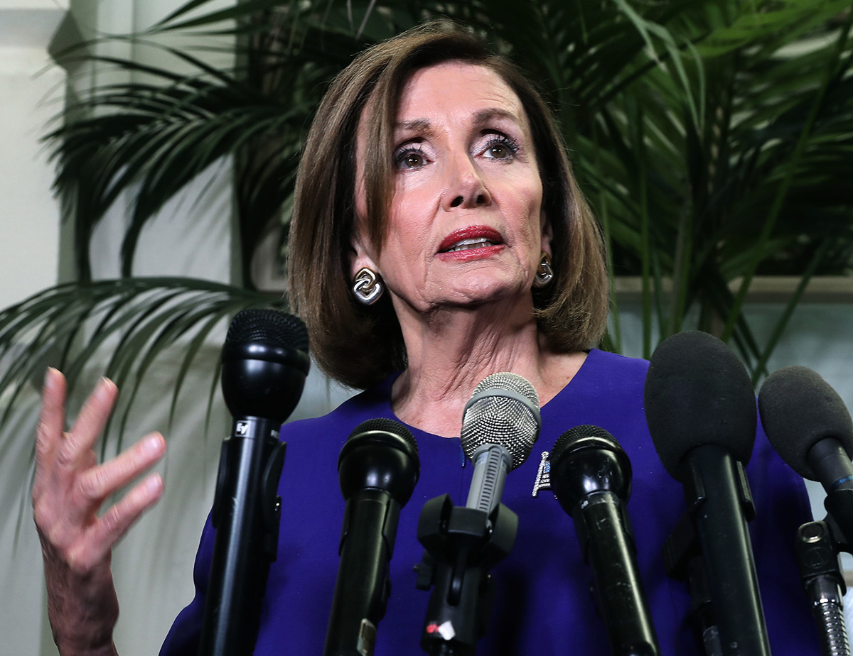 美國眾議院議長蘭茜‧佩洛西(Nancy Pelosi)9月24日稍晚時分宣佈正式對特朗普總統進行彈劾調查。隨後,特朗普發推回應說這是獵巫廢話。(Photo by Mark Wilson/Getty Images)
