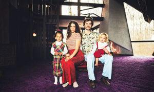 16萬美金 美國夫婦買下70年代復古屋