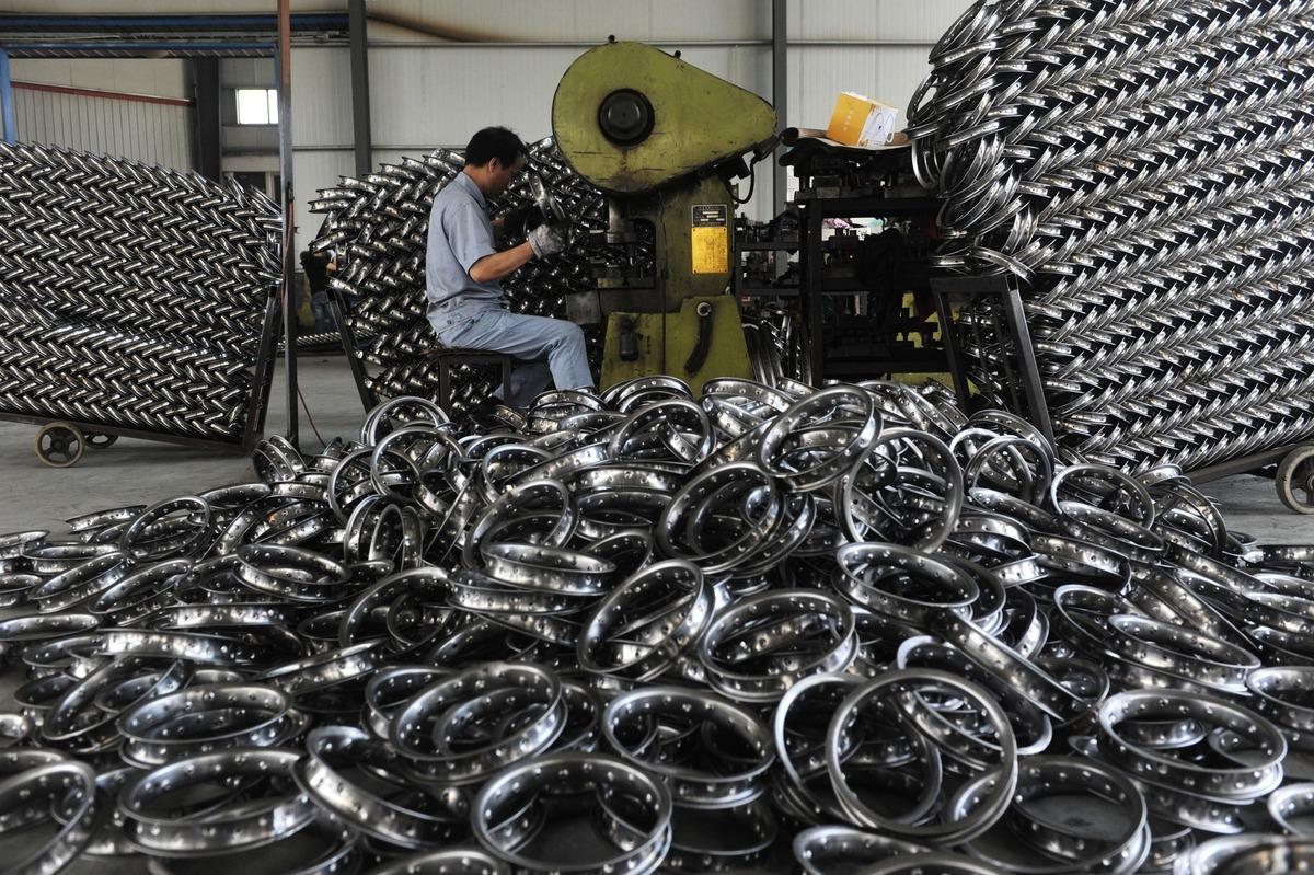 銅鐵等原材料價格大漲,令大陸廠商叫苦。圖為資料照。( VCG/VCG via Getty Images)