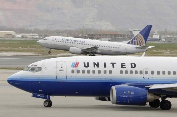 美聯航(United Airlines)於2月12日晚間宣佈,受中共肺炎疫情影響,本公司所有從美國飛往中國和香港的航班停飛時間將延長至4月下旬。(Getty Images)