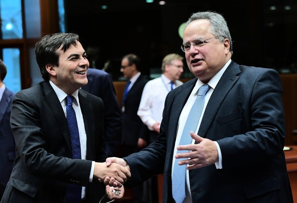 意大利歐洲事務部長文森佐·阿曼多拉(Vincenzo Amendola)2020年9月15日接受彭博社採訪時,強調了意大利將與歐盟步調一致,加強對華立場。圖左為阿曼多拉。(EMMANUEL DUNAND/AFP)