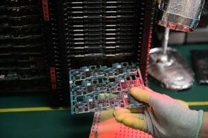 中國進口晶片三千億美元 分析:自主路漫長