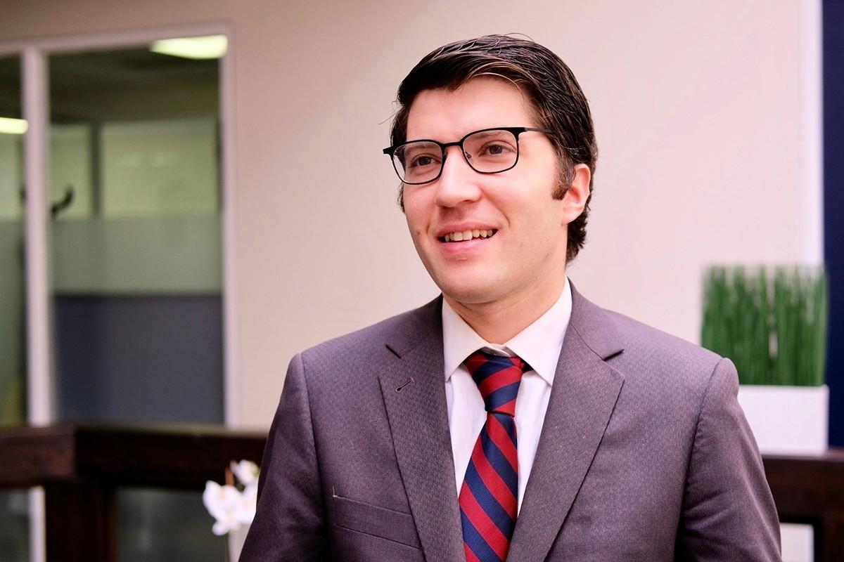 3月16日,加拿大國會議員加內特.吉尼斯(Garnett Genuis)在多倫多接受《大紀元》專訪。(周月諦/大紀元)