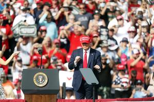 分析:特朗普堅守政治制度 獲佛州選民支持